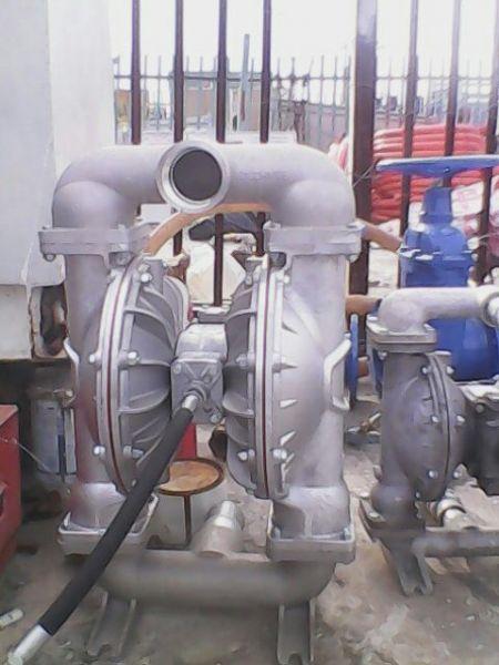 SandPiper pneumatic diaphragm pump